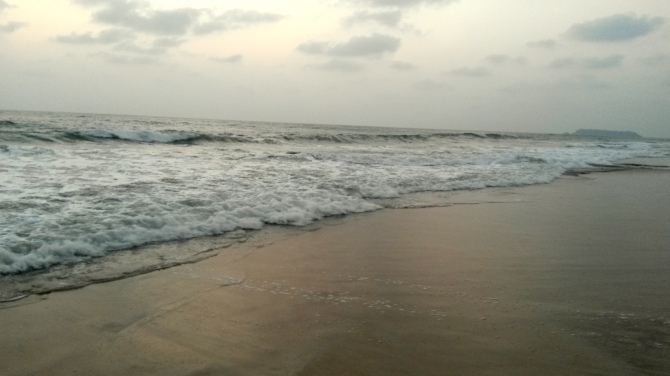 Kasarkod beach in Honnavar with clean shore and clear  waters
